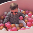 """La fille de Tiffany et Justin de """"Mariés au premier regard"""", Romy, dans une piscine à boules - Instagram, 1er mai 2019"""