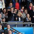 Emmanuel Macron et Brigitte Macron dans les tribunes du parc des Princes pour l'ouverture de la coupe du monde féminine de football 2019 (Mondial), opposant la France à la Corée du Sud, Paris le 7 juin 2019.