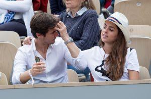 Roland-Garros : Anouchka Delon et Anne-Sophie Lapix, amoureuses en tribune
