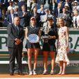L'australienne Ashleigh Barty remporte face à la Tchèque M. Vondrousova la finale dames lors des internationaux de France de tennis de Roland Garros 2019 à Paris le 8 juin 2019. © JB Autisier / Panoramic / Bestimage
