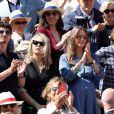 Niels Schneider et sa compagne Virginie Efira, Ophélie Meunier (enceinte) et son mari Mathieu Vergne dans les tribunes des internationaux de France de tennis de Roland Garros à Paris, France, le 8 juin 2019. © Jacovides / Moreau/Bestimage
