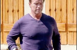 Arnold Schwarzenegger et son fils à bord de leur bolide... pour retrouver sa femme !