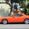 Arnold Schwarzenegger et sa Dodge Challenger, s'en vont déjeuner au Babalu restaurant de Brentwood, à Los Angeles, le 20 juin 2009 !