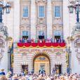 Frederick Windsor, Sophie Winkleman, Michael de Kent, Marie-Christine von Reibnitz, le prince William, duc de Cambridge, et Catherine (Kate) Middleton, duchesse de Cambridge, le prince George de Cambridge, la princesse Charlotte de Cambridge, le prince Louis de Cambridge, Camilla Parker Bowles, duchesse de Cornouailles, le prince Charles, prince de Galles, la reine Elisabeth II d'Angleterre, le prince Andrew, duc d'York, le prince Harry, duc de Sussex, et Meghan Markle, duchesse de Sussex, la princesse Beatrice d'York, la princesse Eugenie d'York, la princesse Anne, Savannah Phillips, Isla Phillips, Autumn Phillips, Peter Philips, James Mountbatten-Windsor, vicomte Severn- La famille royale au balcon du palais de Buckingham lors de la parade Trooping the Colour 2019, célébrant le 93ème anniversaire de la reine Elisabeth II, londres, le 8 juin 2019.