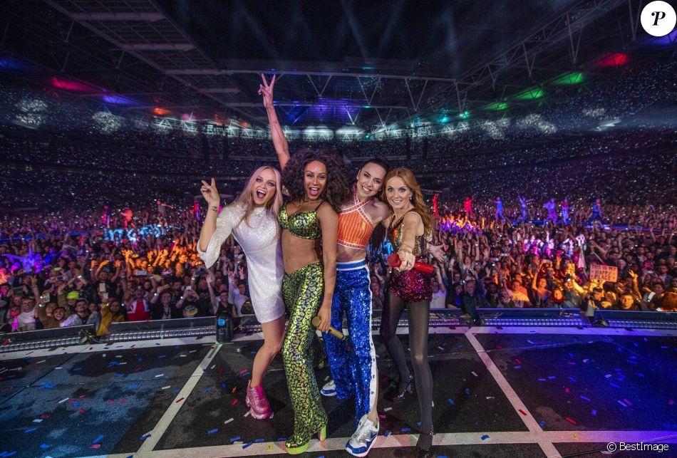 Emma Bunton, Mel B (Melanie Brown), Melanie C (Melanie Chisholm), Geri Horner (Geri Halliwell) - Les Spice Girls lors de leur dernier concert dans le cadre de leur tournée Spice World UK au stade de Wembley à Londres, Royaume Uni, le 15 juin 2019.