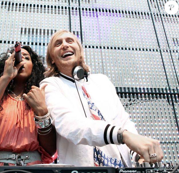 David Guetta, ici avec Kelly Rowland, recordman des droits d'auteur en 2008 !