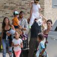 Scott Disick, Reign Disick - La famille Kardashian s'apprête à s'envoler du Costa Rica pour rejoindre le sol américain après y avoir passé des vacances. le 21 juin 2019.