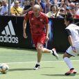 Zinédine Zidane et l'équipe vainqueur de la fin. © Norbert Scanella/Panoramic/Bestimage