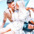 Carla Moreau et Kevin Guedj en amoureux au bord de la piscine, sur Instagram, le 4 juin 2019