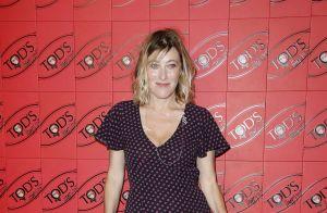 Valeria Bruni-Tedeschi : La grande soeur de Carla sexy en robe fendue