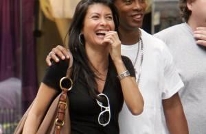 Ronaldinho... love story à New York ! Mais, c'est qui cette belle brune ?