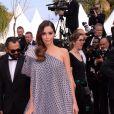 """Nabilla Benattia (enceinte) à la première du film """"Roubaix, une lumière (Oh Mercy!)"""" lors du 72ème Festival International du Film de Cannes, France, le 22 mai 2019. © Rachid Bellak/Bestimage"""