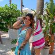 """Angélique de """"Koh-Lanta"""" en petite robe sur une plage de Saint-Tropez, le 4 juillet 2019"""