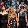 "Benoît Magimel, Clotilde Courau, Zahia Dehar et Rebecca Zlotowski (du film 'Une fille facile') lors de la montée des marches du film ""A Hidden Life"" lors du 72ème Festival International du Film de Cannes. Le 19 mai 2019 © Jacovides-Moreau / Bestimage"