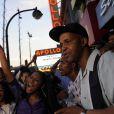 Les fans du King of Pop se sont retrouvés devant l'Apollo, à Harlem, à New York, après le décès brutal de Michael Jackson. 25/06/09