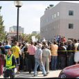 Les fans de Michael Jackson se sont pressés devant l'UCLA Medical Center de Los Angeles, où la star est décédée. 25/06/09