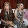 """Catherine Deneuve, Nina Bott, Caroline Beil, lors du défilé de mode """"Ernsting's family Fashion Show"""" à Hambourg. Le 11 juillet 2019"""