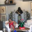 Carole Margeridon dans sa boutique de Saint-Ouen, le 13 juillet 2019
