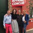 """Caroline Margeridon avec l'équipe d'""""Affaire conclue"""", le 29 mai 2019"""