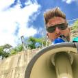"""Ludovic de """"Pékin Express"""" avec un mégaphone, le 30 juin 2019, sur Instagram"""