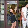 Lindsay Lohan fait du shopping avec un (très) jeune inconnu