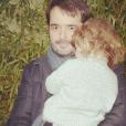 Jean-François Piège câline son fils Antoine - le 24 mars 2018