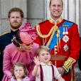 "Le prince Harry, Catherine Kate Middleton, duchesse de Cambridge, la princesse Charlotte, le prince George et le prince William, duc de Cambridge - La famille royale d'Angleterre au balcon du palais de Buckingham pour assister à la parade ""Trooping The Colour"" à Londres le 17 juin 2017."