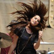 Ashley Tisdale : sur scène, elle copie Miley Cyrus... à moins que cela ne soit l'inverse ?