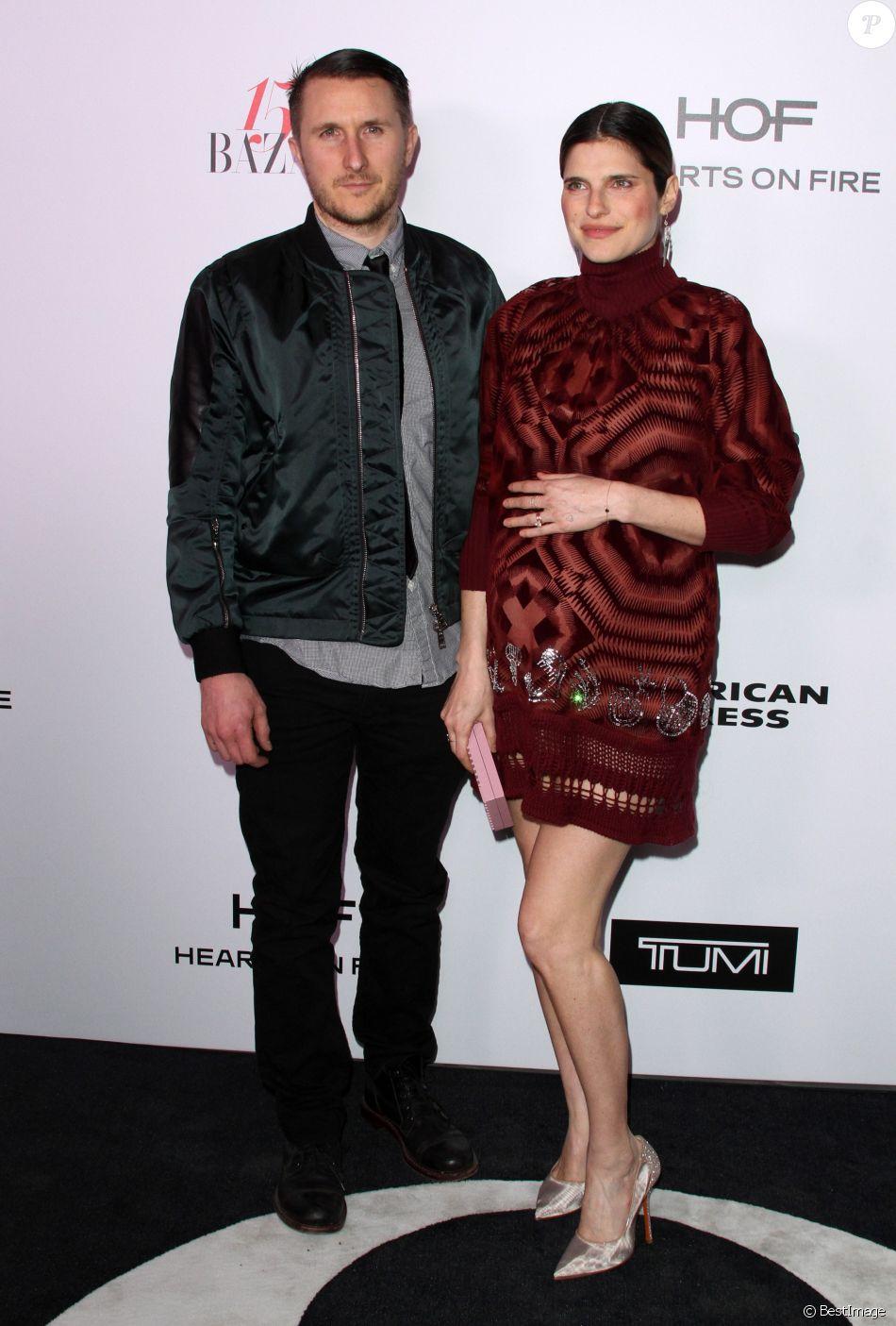 """Lake Bell (enceinte) et son mari Scott Campbell - Soirée pour les 150 ans du magazine Harper's Bazaar """"150 most fashionable women 2017"""" à Los Angeles le 27 janvier 2017 © AdMedia via ZUMA Wire / Bestimage"""