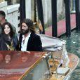Monica Bellucci et son compagnon Nicolas Lefebvre (artiste) arrivent au bal masqué Dior à Venise, Italie, le 11 mai 2019.
