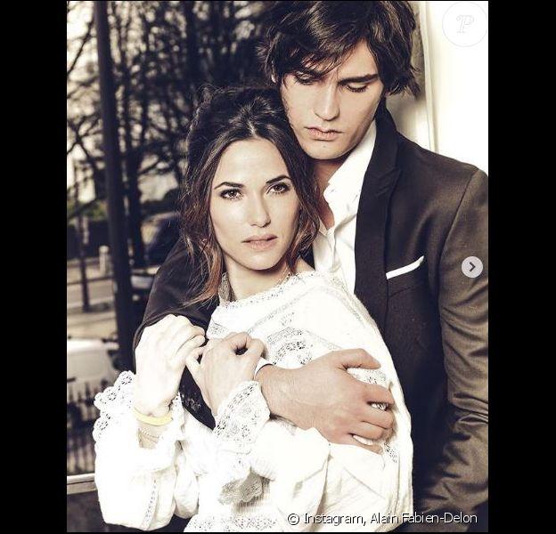 Alain-Fabien Delon et Capucine Anav, très amoureux ils se confient au magazine TéléStar sur leurs projets de couple.
