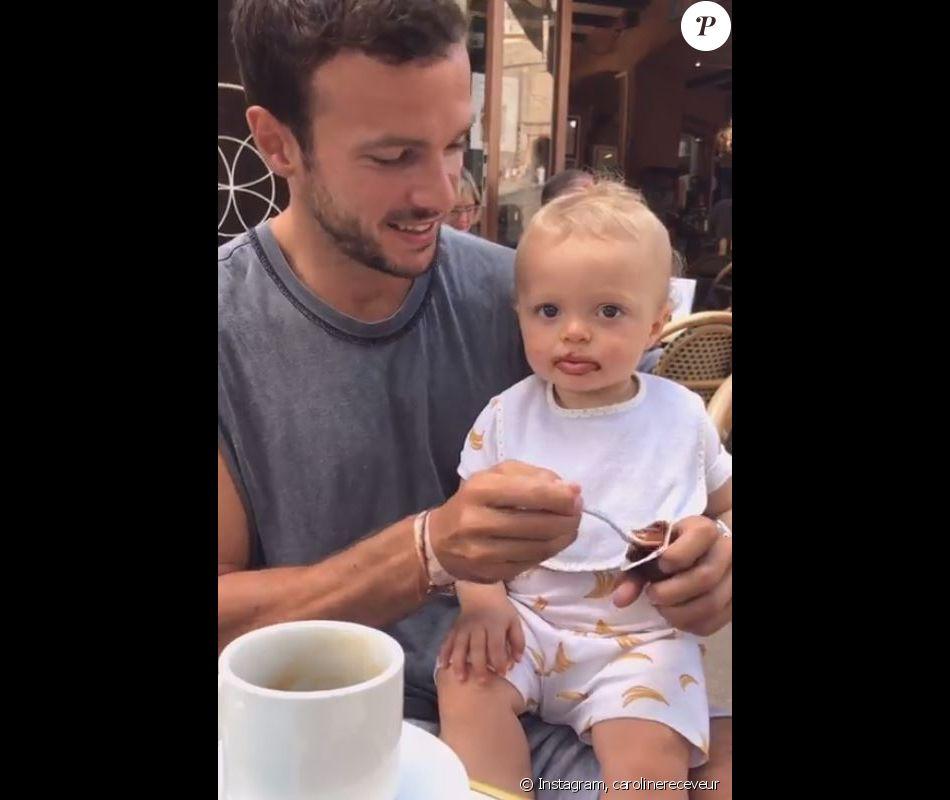 Caroline Receveur et sa famille en vacances (juillet 2019).