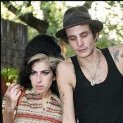 Amy Winehouse : Son ex-mari drogué demande un million d'euros à sa famille