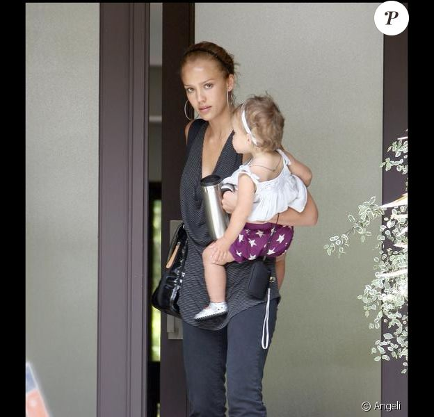 Jessica Alba et sa fille Honor, à Beverly Hills. 30/06/09