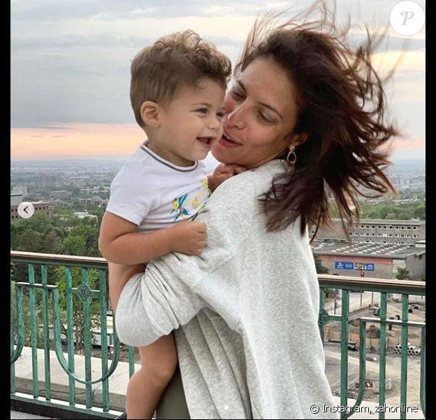 Zaho pose avec son fils à Montréal, le 10 août 2019, sur Instagram