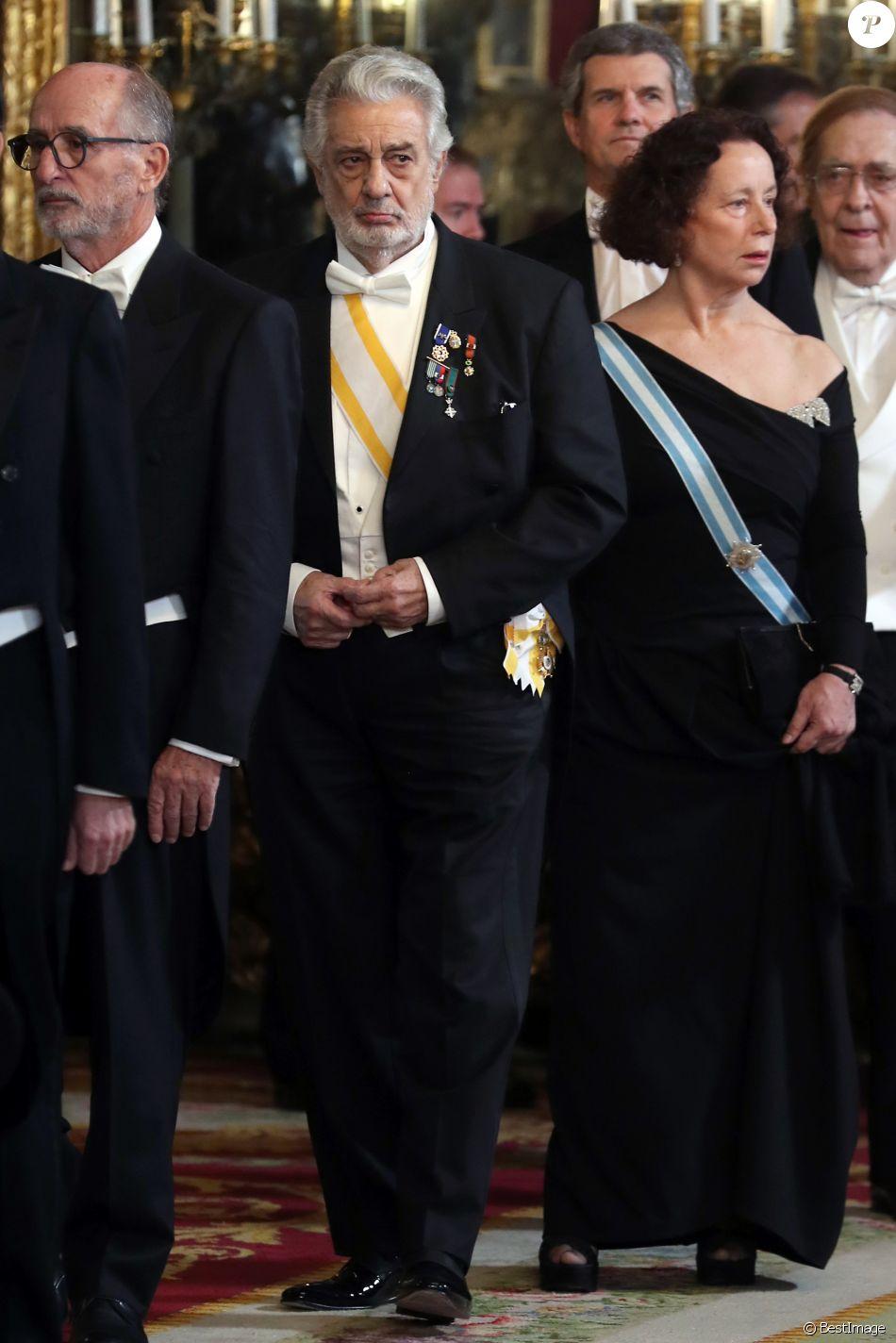Placido Domingo Le Couple Royal Despagne Lors Du Dîner De