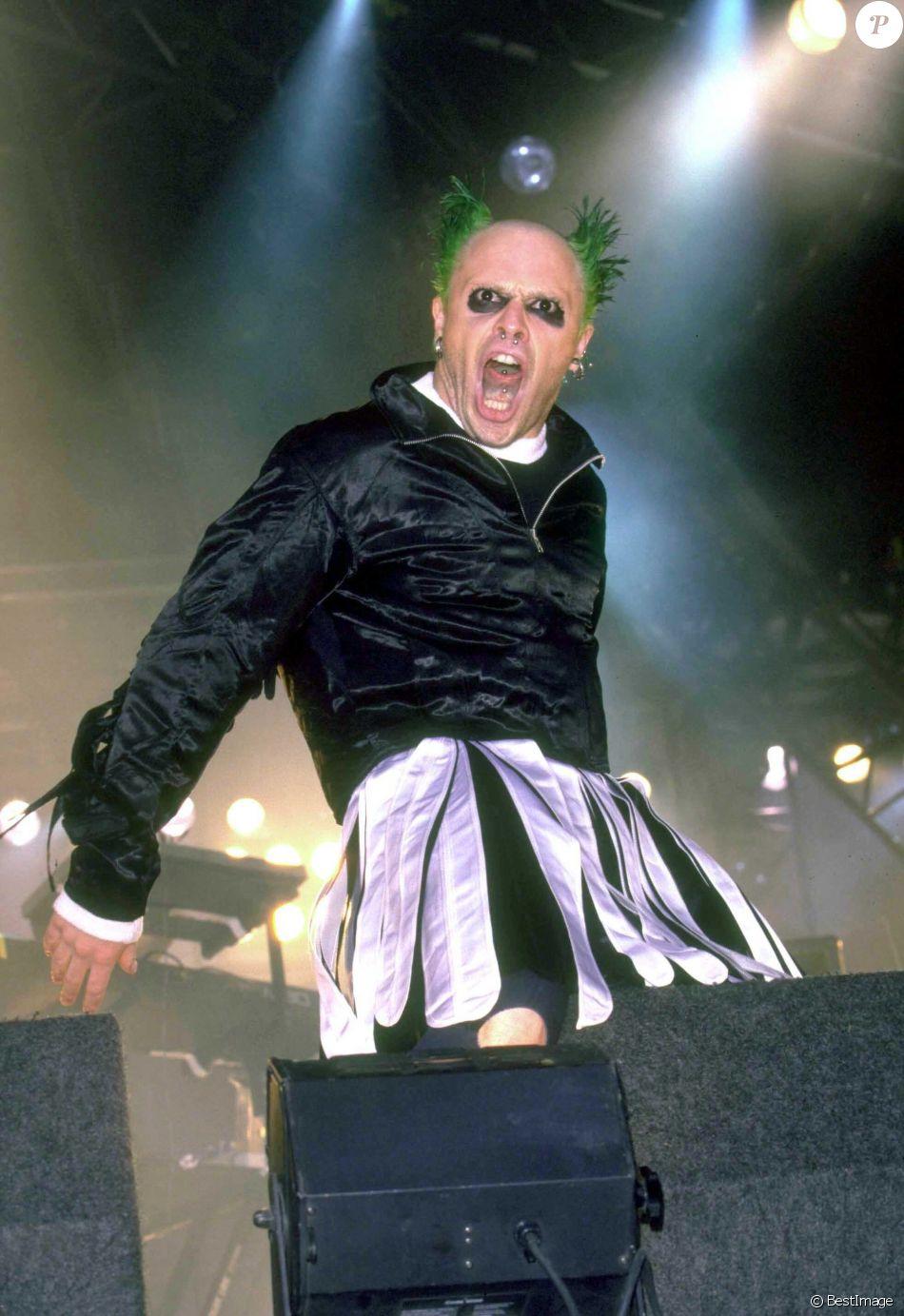Keith Flint de The Prodigy lors du festival T in the Park à Glasgow en Ecosse en juillet 1996. Le chanteur a été retrouvé mort le 4 mars 2019 à 49 ans.