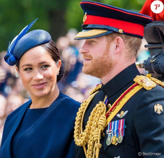 Le prince Harry, duc de Sussex, et Meghan Markle, duchesse de Sussex, première apparition publique de la duchesse depuis la naissance du bébé royal Archie lors de la parade Trooping the Colour 2019, au palais de Buckingham, Londres, le 8 juin 2019.