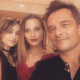 David Hallyday entouré de ses filles Ilona et Emma (septembre 2016).