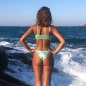 Malika Ménard : Canon en bikini en Grèce, même dans la douleur !