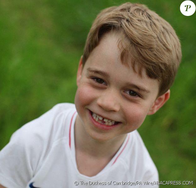 Le prince George de Cambridge photographié par sa mère la duchesse Catherine à l'occasion de son 6e anniversaire le 22 juillet 2019. ©The Duchess of Cambridge/PA Wire/ABACAPRESS.COM