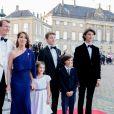 Le prince Joachim de Danemark avec sa femme la princesse Marie et ses enfants le prince Nikolai, le prince Felix, le prince Henrik et la princesse Athena lors du dîner donné par la reine Margrethe II de Danemark à l'occasion des 50 ans de Joachim, le 7 juin 2019 à Copenhague.
