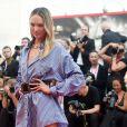 """Candice Swanepoel lors de la première du film """"Marriage Story"""" lors du 76e festival du film de Venise, la Mostra, sur le Lido au Palais du cinéma de Venise, Italie, le 29 août 2019."""