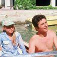 ARCHIVES - Gilbert Bécaud et sa fille Anne en bâteau au large de Port Grimaud, 1975.