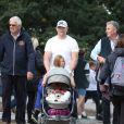 Mike Tindall et ses fille Mia et Lena (en poussette) le 7 septembre 2019 à Stamford pendant que Zara Phillips disputait le concours complet.