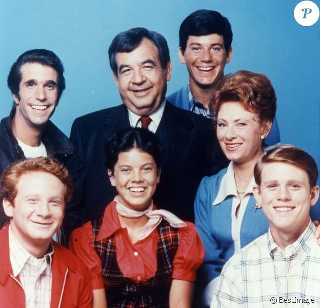 Donny Most, Henry Winkler, Erin Moran, Tom Bosley, Anson Williams, Marion Ross, Ron Howard, les acteurs de la série ''Happy Days'' - 1974-1984. © Paramount TV via ZUMA Press/Bestimage