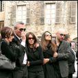 Les parents de Grégory Lemarchal, sa soeur et Karine Ferri- Obsèques de Grégory Lemarchal à Chambery, en mai 2007.