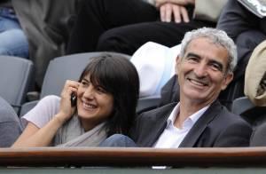 Estelle Denis est bel et bien aux côtés de son amoureux Raymond Domenech... à Las Vegas !