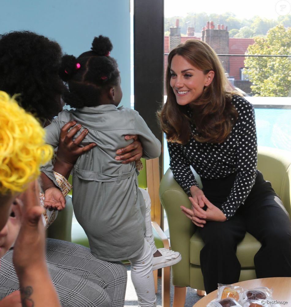 """Kate Catherine Middleton, duchesse de Cambridge, en visite à la """"House Children"""" et """"Young People's Health and Development Centre"""" à Londres. Le 19 septembre 2019"""