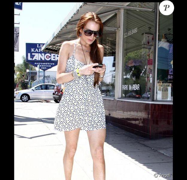 Lindsay Lohan se promène dans West Hollywood le 9 juillet 2009